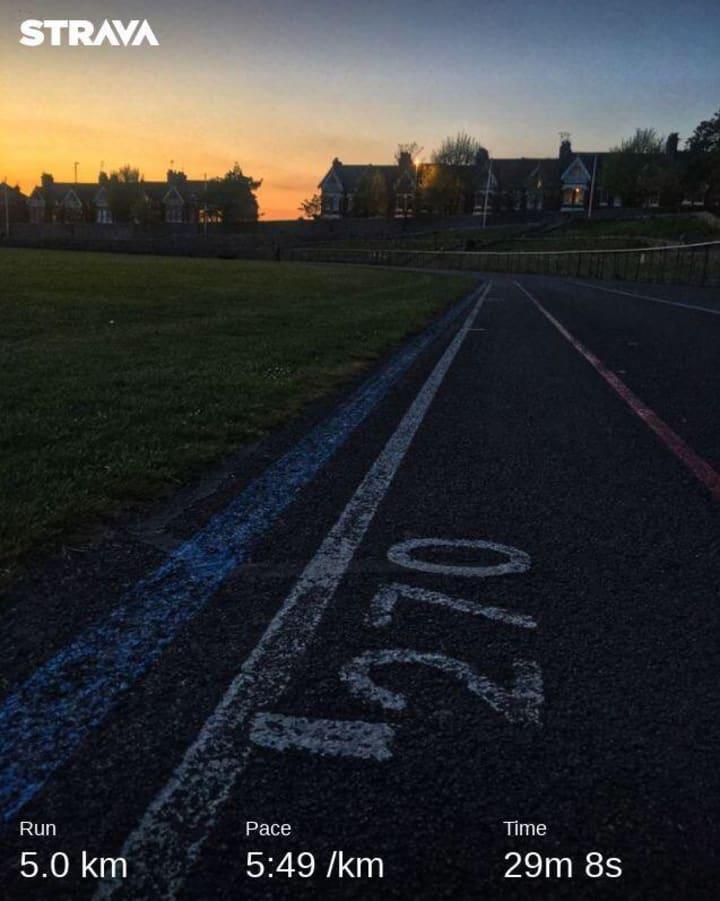 Run 5.0km; Pace 5:49/km; Time 29m 8s.