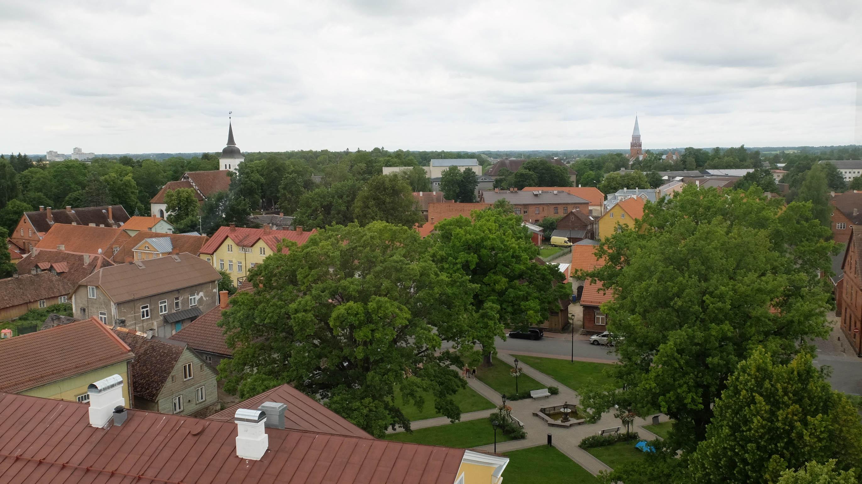 Панорама Вильянди с водонапорной башни