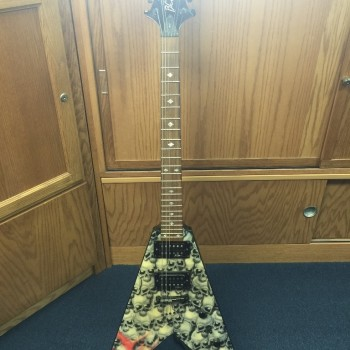 BC Rich guitar.