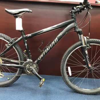 Mans Specialized Rock Hopper Bike