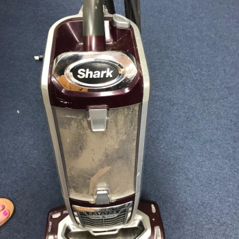 Shark professional lift away vacuum