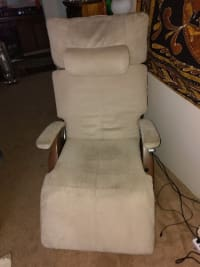 Recent Offers For Zero Gravity Perfect Chair