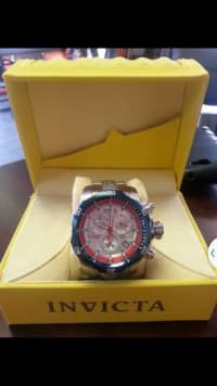 Invicta Venom Limited Edition, Invicta venom Limited Edition for sell number 259/300 in great shape comes with a extra band, Like new