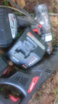 Skill saw and drill , Porter cable saw and drill 2 battery's and charger