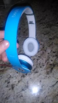 Dr. Dre Beats solo, Blue Dr. Dre beats solos. , Gently used
