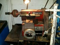 Snap-on tools brake lathe,  selling my snap-on tools brake lathe machine. does drum and disc brakes. comes Wirth all attachments and cabinet bench., Like new