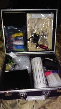 Tatto kit, Full tattoo kit with everything in it
