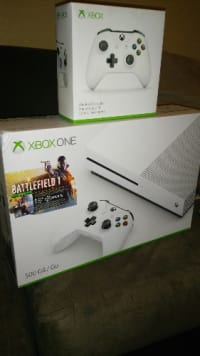 Laptop, Xbox one, 2016, Like new in the box