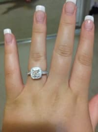 Diamond 2 carat round ring, 2 carats, Engagement ring 2 carats bought it from Jared jewelry