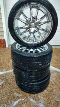 Four 18 in Chrome rims and tires, 18 inch chrome rims and tires