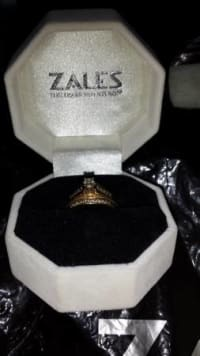 Female Wedding Band, Size 6 Ladies Wedding Band weighing 14K Yellow Gold and 1/2K Total Weight., Like new