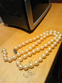 pearl necklace, Other, Pearl necklace, used