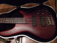 Ibanez Soundgear, Musical Instruments, Equipment, Ibanez soundgear SR5 5 string bass. Never gigged, never left house. Just used in studio.