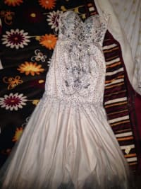 Sell Or Buy A Used Prom Dress