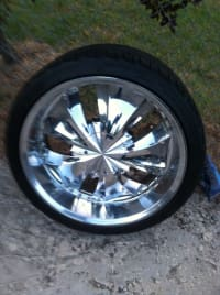 22in wheels n tires, 22in wheels n tires (all 4), Like new