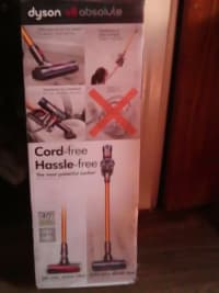 Dyson absolute v8 brand new, Dyson vacuum cleaner