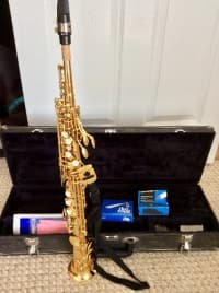 Evette soprano sax, Evette Soprano Sax,  Buffet Crampon, Serial No. 338260; $1440.00 new, barely used. Comes with extra mouthpiece, brand new, Rico Royal (sealed in cellophane) box of 10 reeds, neck straps and velvet-lined hard case.