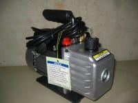 Two Stage HVAC Air Conditioning and Automotive Pump R134A R12 R2, t is durable with die-cast aluminum housing with handle. The oil fill-port is easily accessible and has a low maintenance view window. Dual ports support R134A, R12, and R-22 models It has a thermal and current overload protection, Like new