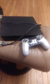 Ps4 , Sony ps4, 2018, Like new worked great