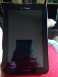 Verizon Samsung tablet, Verizon 4GLTE Samsung, 2006, Comes with charger cord , Verizon
