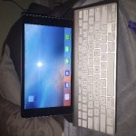Apple iPad Air 32 g memory , 2014, Perfecta condition with Apple wireless keyboard y oragami holder case for work station