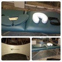 portable massage table, Tools, Equipment, Portable Massage table by Earthlite. No tears or scratches. Just like new