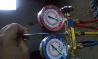 Yellow Jacket refrigerant gauge manifold, Tools, Equipment, Yellow Jacket 5 months old