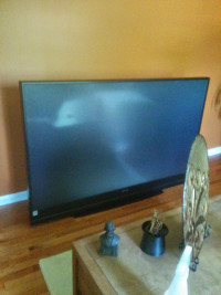 74 inc mitsubishi lcd tv, Electronics, mitisubishi , 74 inch like new