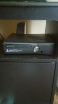 xbox 360 , Electronics, 360 , w 3 controllers