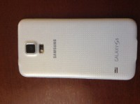 Samsung Galaxy s5 , Electronics, Samsung Galaxy s5 , It's a Samsung Galaxy s5. Great condition. It's white and it's fairly new.