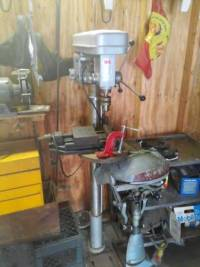 drill press MIT brand like new condition, Selling this practically brand new condition drill press stands almost 6 feet tall MIT brand., Like new