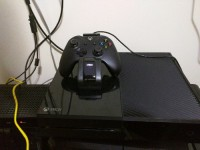 Xbox One, Electronics, Microsoft Xbox One, It's a Microsoft Xbox One 500 GB with one wireless controller and no kinect.