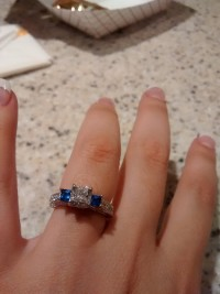Diamond and sapphire ring, Jewelry, Diamond and sapphire ring, see picture