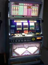 DOUBLE DIAMOND HAYWIRE Slot Machine, Very Rare Hybrid slot machine in great working condition. This machine will go Haywire on random combos, multiplying your winnings., Like new