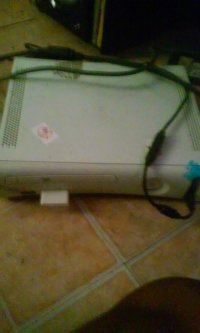 xbox 360, Electronics, Microsoft, have 2 controllers