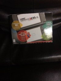 New Nintendo 3ds xl, Latest model, Electronics, New Nintendo 3ds xl, Still in box never opened