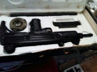 9mm uzi collector item , Gun, 2 different size barrells ,scrap, 1 clip, This gun is flawless just as you see in Picture