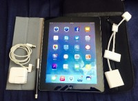 ipad 32gb wifi + accessories, Electronics, Apple iPad 3rd Gen 32GB Wifi, includes accessories (VGA and HDMI adapters), Wacom Bamboo stylus, Grey smart cover