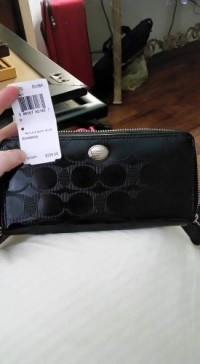 Wallet, Other, Brand new still has tag!