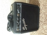 Fender Guitar Amp, Musical Instruments, Equipment, Fender Squier Portable Electric Guitar 10 Watt Practice Amplifier