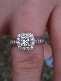 Neil Lane Engagement ring and wedding band, Jewelry, Mix of Diamonds, Gold and other Gems and precious metals, Neil Lane Engagement ring and wedding band 1-1.5 carats Princess cut with diamonds all around both bands White gold (I believe) looks like platinum