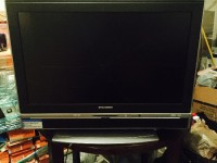 Flat screen TV 32 , Electronics, Sylvania model # LD320SS8, 32 inch screen dual HDMI INPUT AND PC INPUT