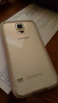 Galaxy s5, Electronics, Samsung Galaxy s5, Been in case since new. No scratches