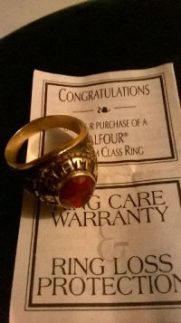 10K Gold class ring with stone , Jewelry, 10K Solid Gold ring  with certificate , 2001 class ring in perfect  condition