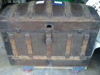steamer trunks, Antique, Collectible, 1-doom top trunk Eagle Lock Co.  pat.june 13,1882 - dec 6, 1892