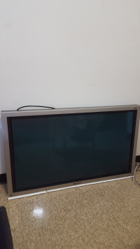 TV, Electronics, Pioneer, 43 inch TV with cords