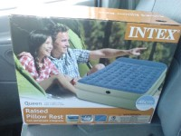 18in intex queen air mattress, Other, Air lock chambers with built in pillow