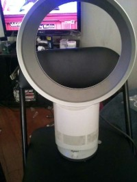 Dyson air multiplier, Electronics, dyson kk9-us-daa4575a, It is a 40in, and 23lb bladeless fan that is in Good condition.