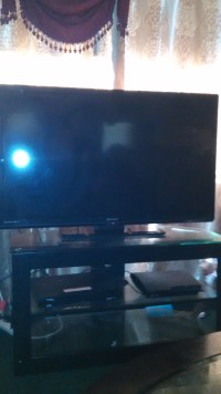 "tv, Electronics, Emerson, 50"" had for 4 months"