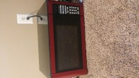 """Microwave, Electronics, Hamilton Beach Microwave Model: P100N30AP-FAR, Hamilton Beach 1.1 cu. ft. Microwave: 10 power levels 1-touch cooking features: popcorn, potato, reheat, frozen dinner, beverage and pizza Minute timer Cooking end signal Child safety lock 1000 watts Dimensions: 25.2""""L x 19.69""""W x 15.16""""H 1-year limited warranty"""
